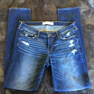 Abercrombie and Finch distressed jeans NWOT